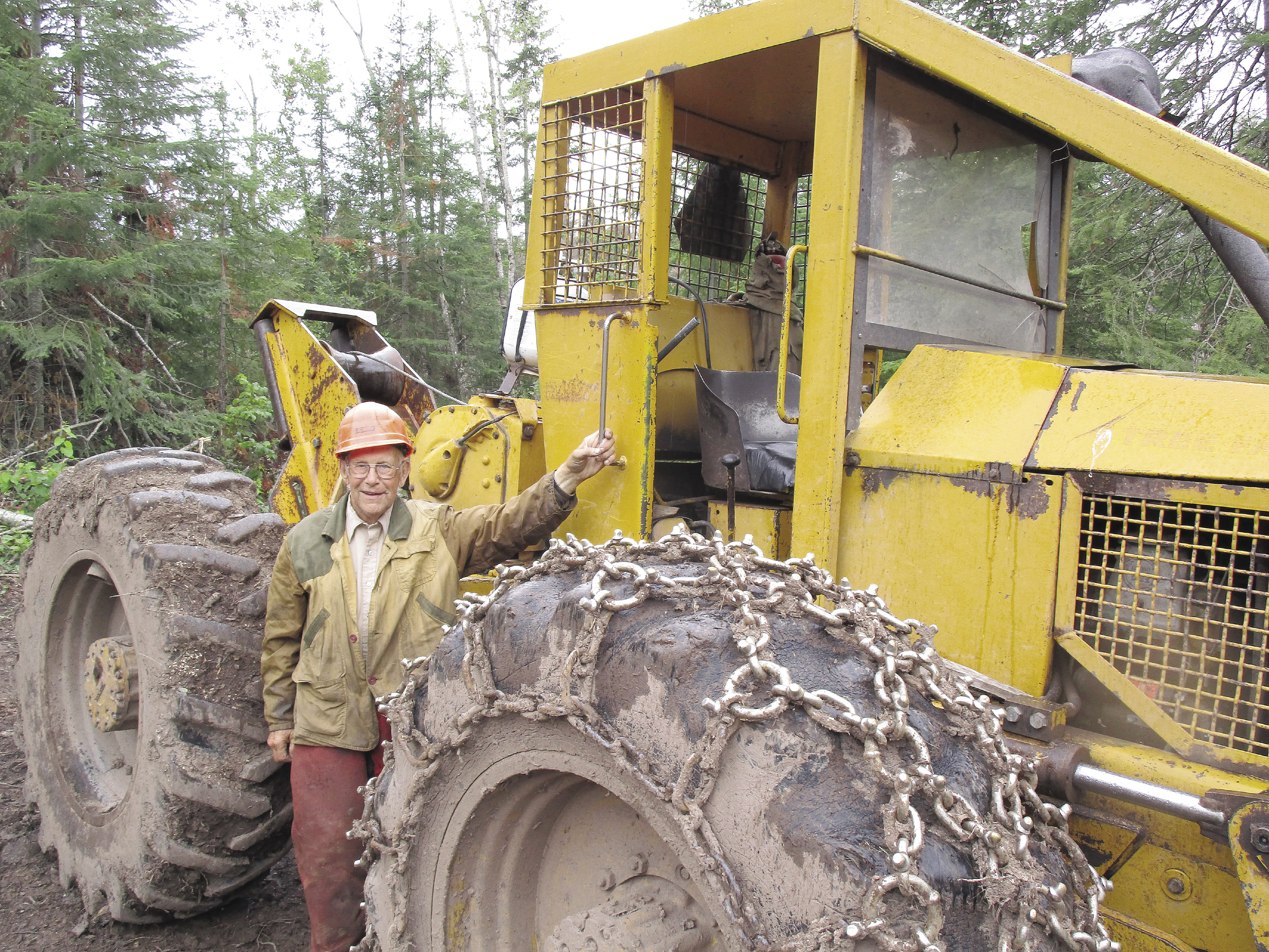 Quot No Push Button Machines Quot 85 Year Old Logger Just Keeps