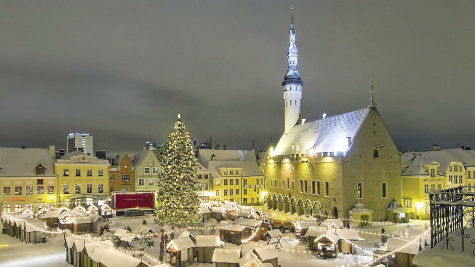 The Christmas Tree is a highlight in the annual Christmas Market set up in the medieval Town Hall Square in Tallinn, Estonia.   VISIT ESTONIA