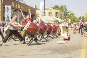 The Buskers Festival in Thunder Bay features all kinds of live music and entertainment.